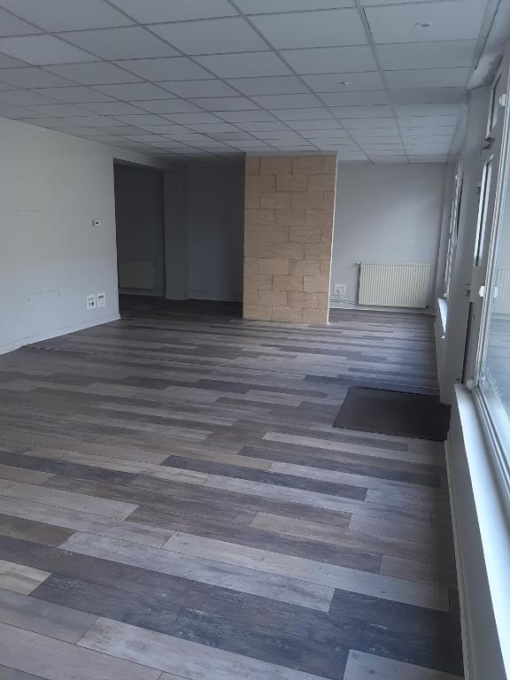 LOCAL COMMERCIAL 100 M2